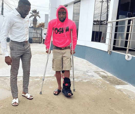 Just In: Davido on crutches as involved in an accident