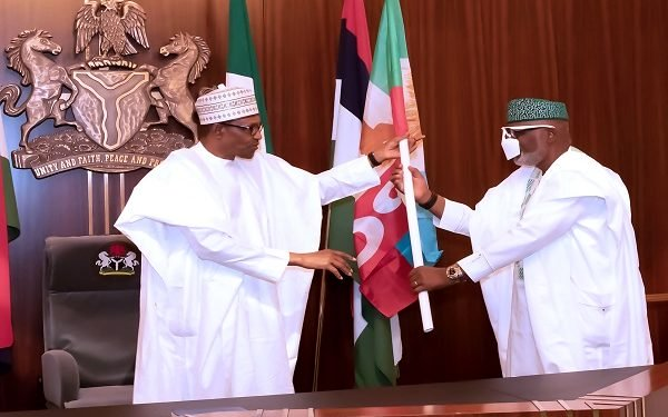 Buhari gives reasons why Akeredolu should be re-election