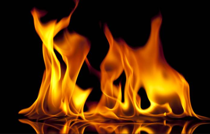 Mob set armed robbery ablaze in Osun